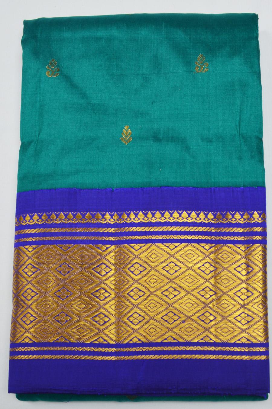 Temple Saree 2451