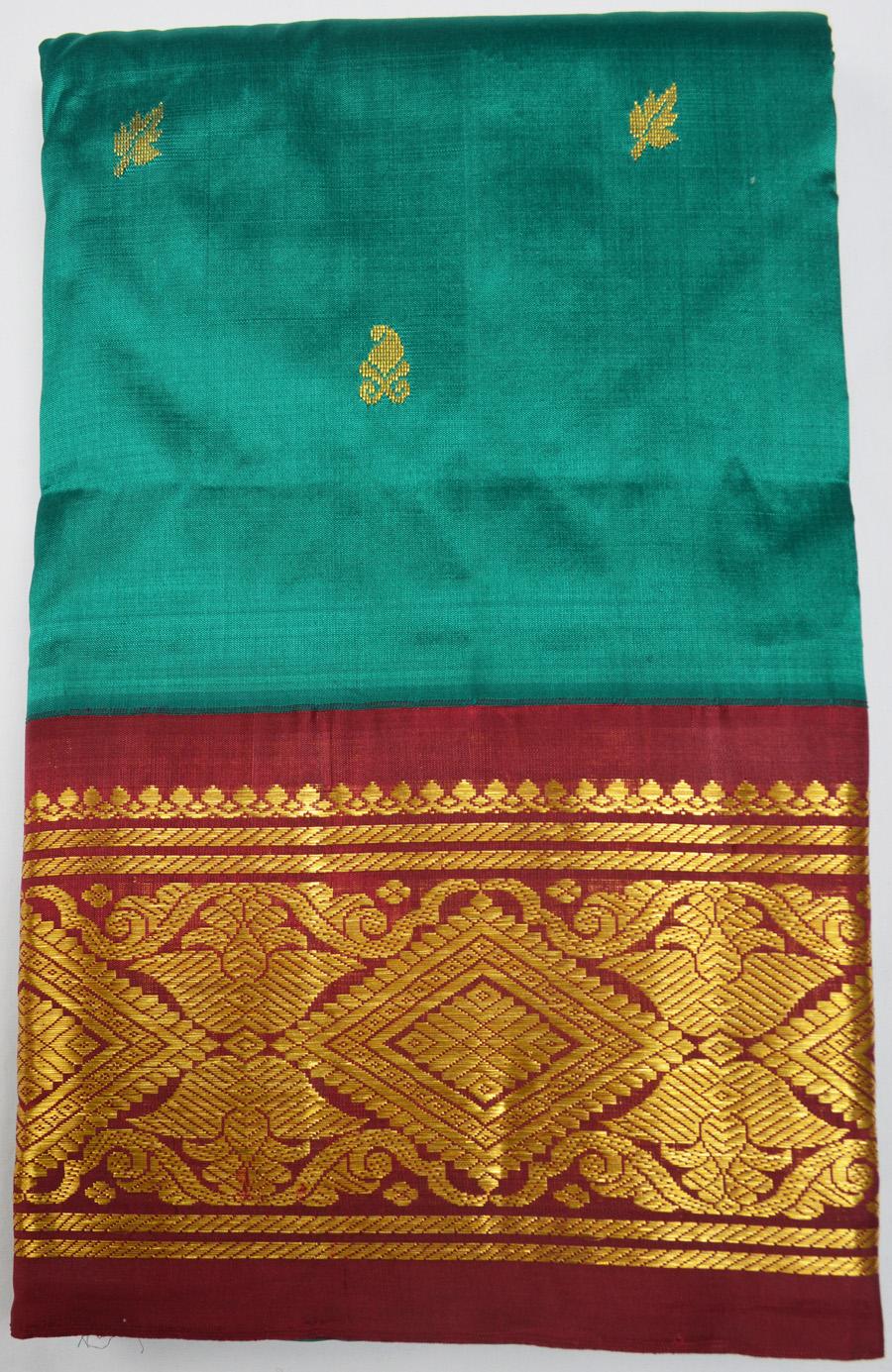 Temple Saree 2452