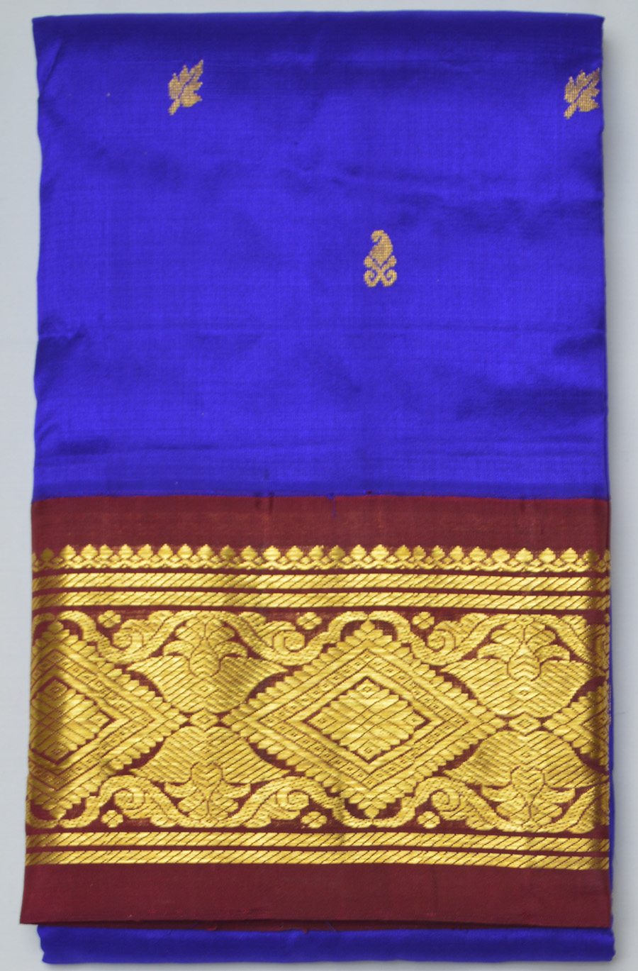 Temple Saree 2553