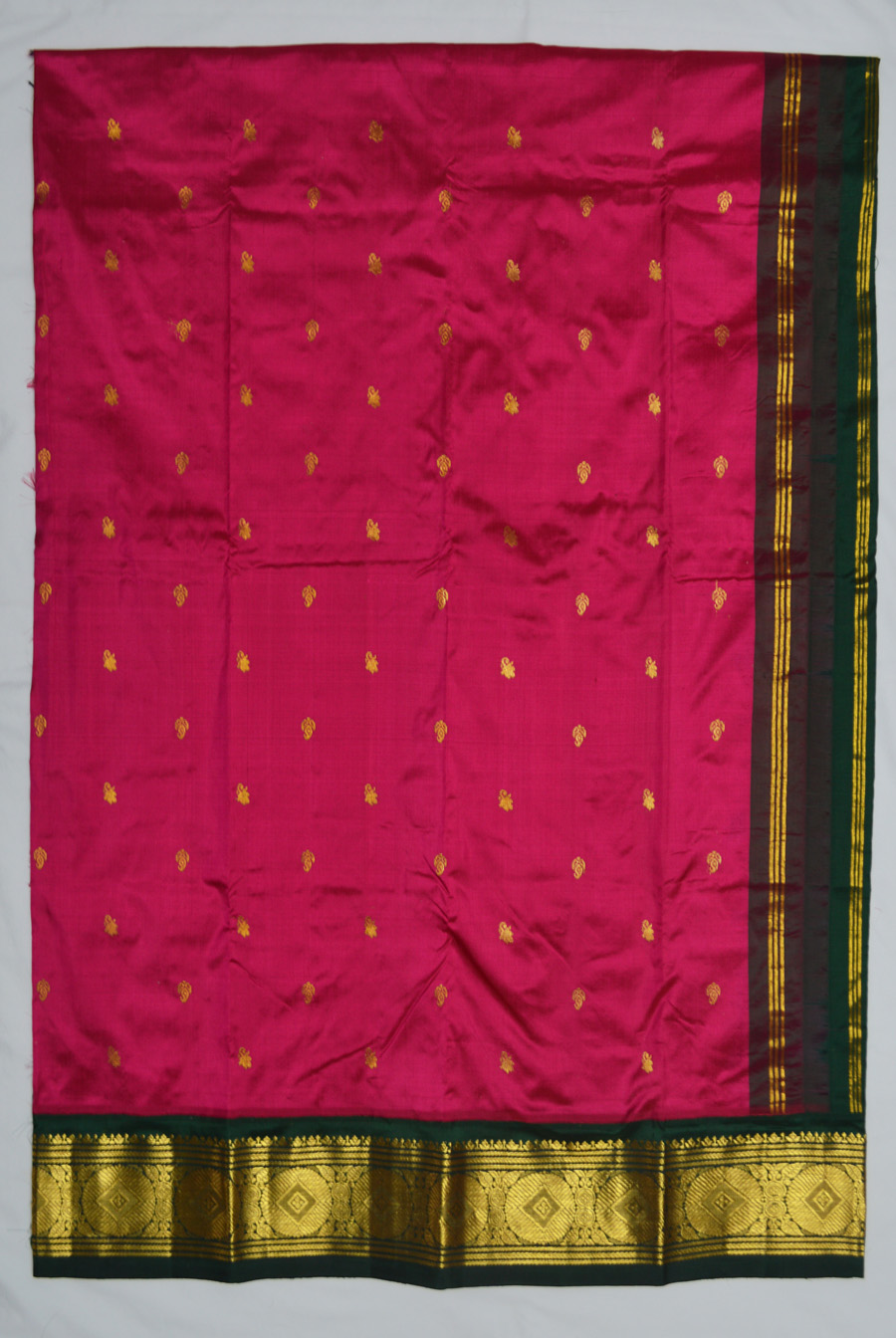Temple Saree 2579