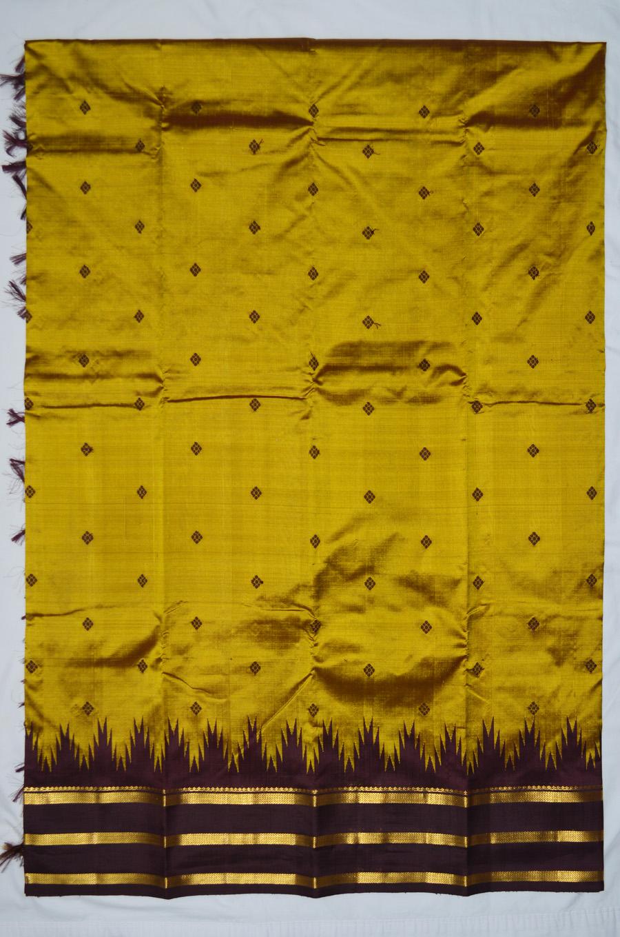Temple Saree 2627