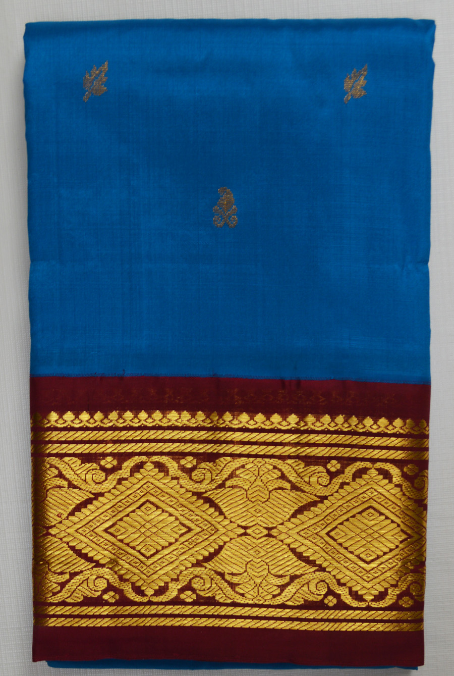 Temple Saree 2469