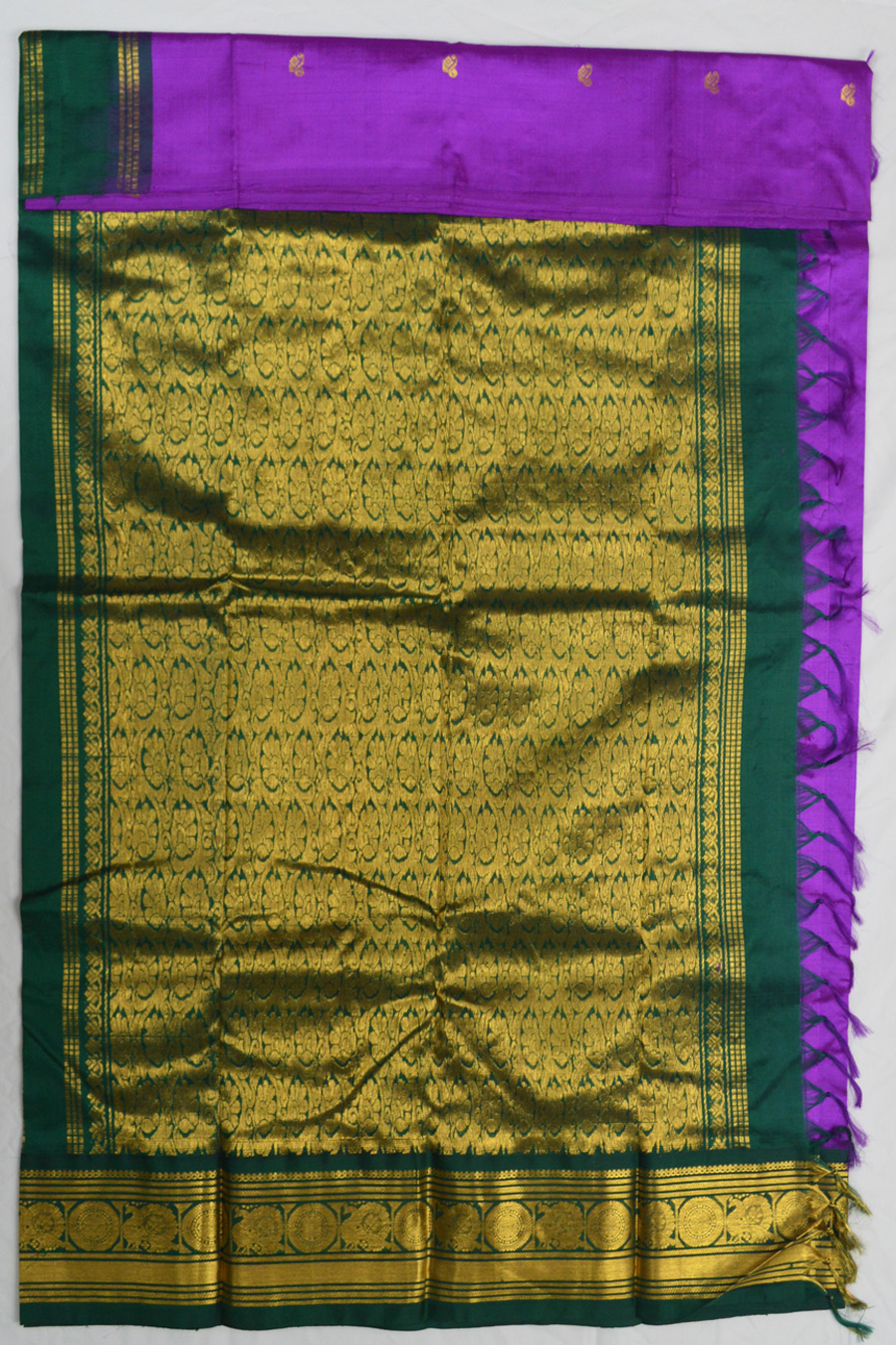 Temple Saree 3076-1