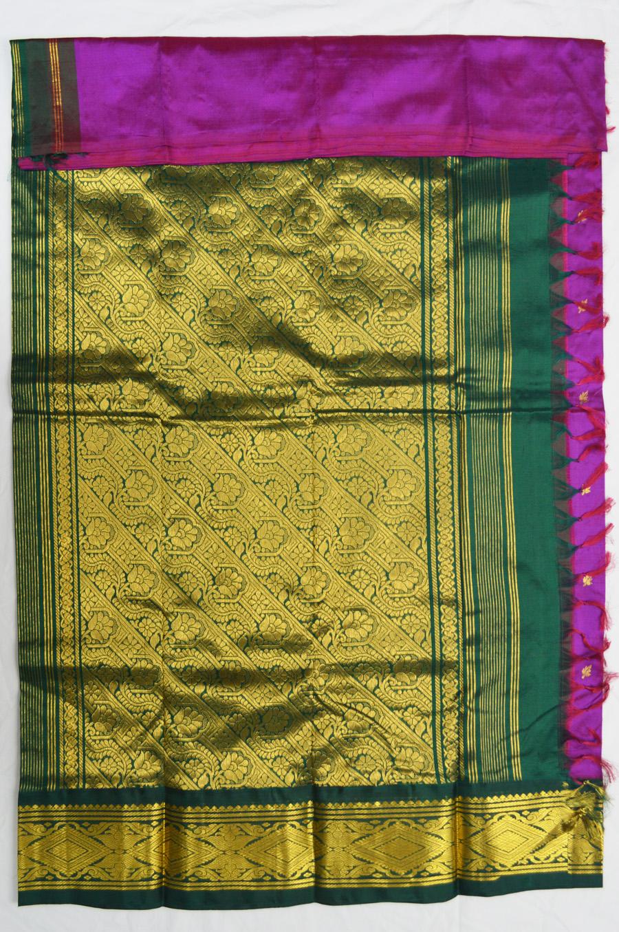 Temple Saree 3076-7