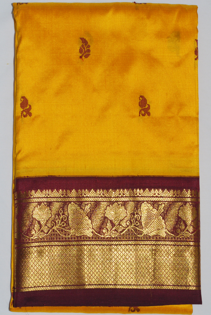 Temple Saree 3132