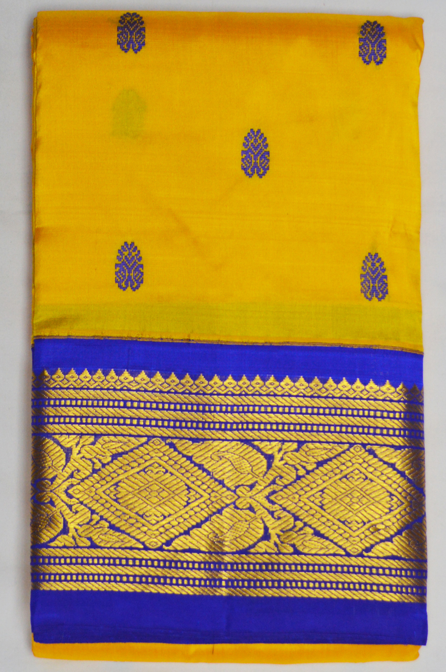 Temple Saree 3421