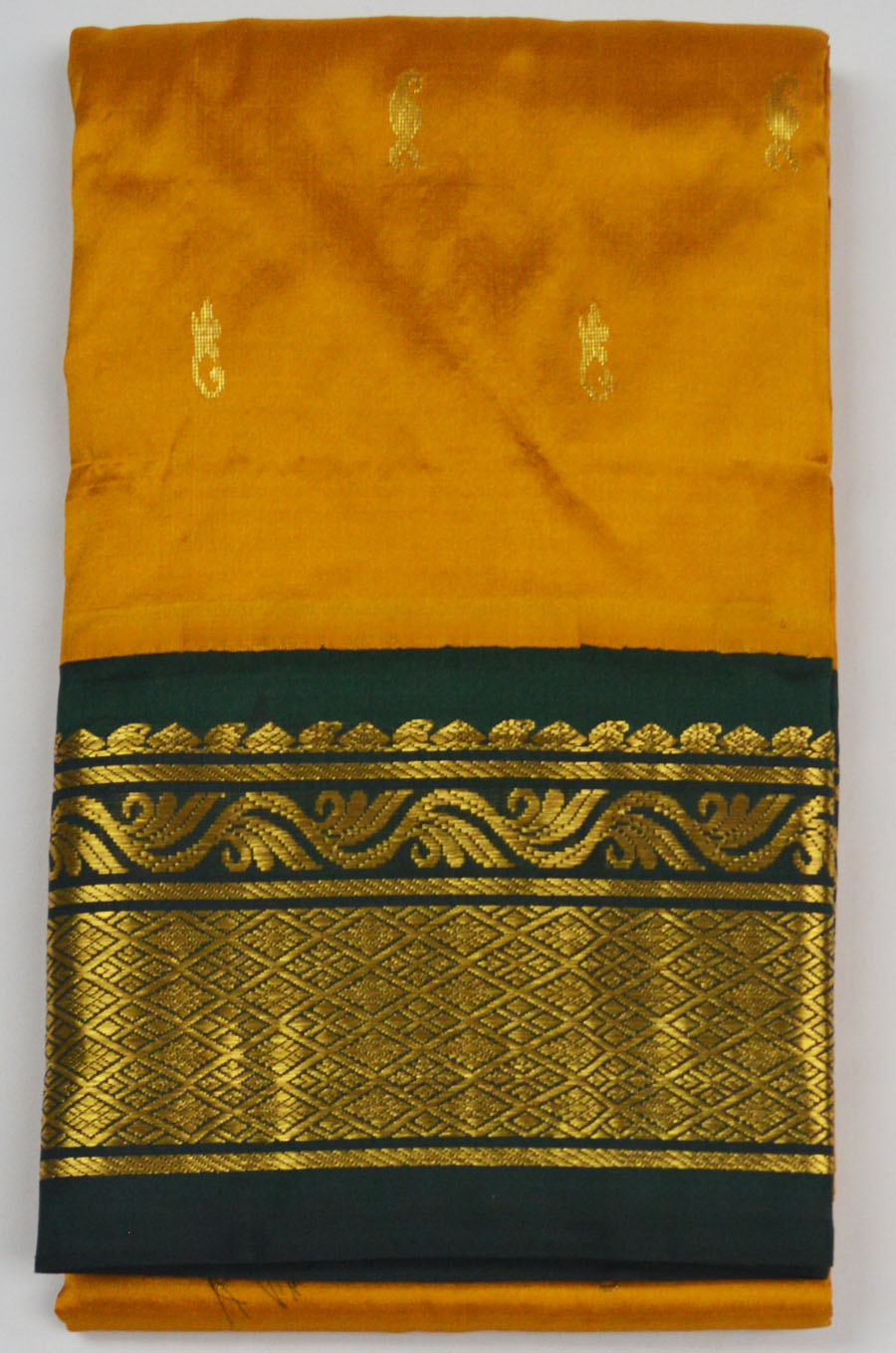Temple Saree 4174