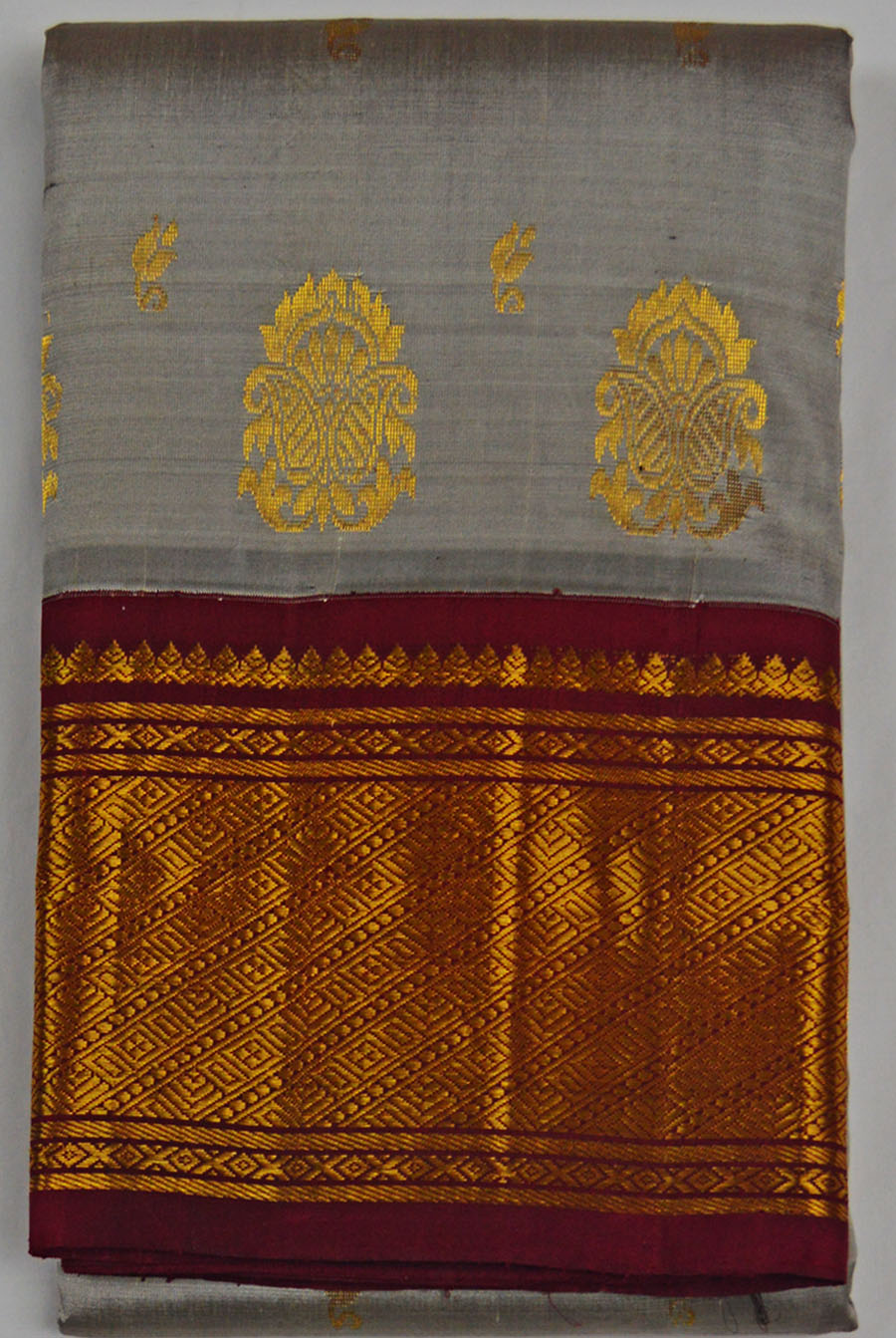 Temple Saree 4569