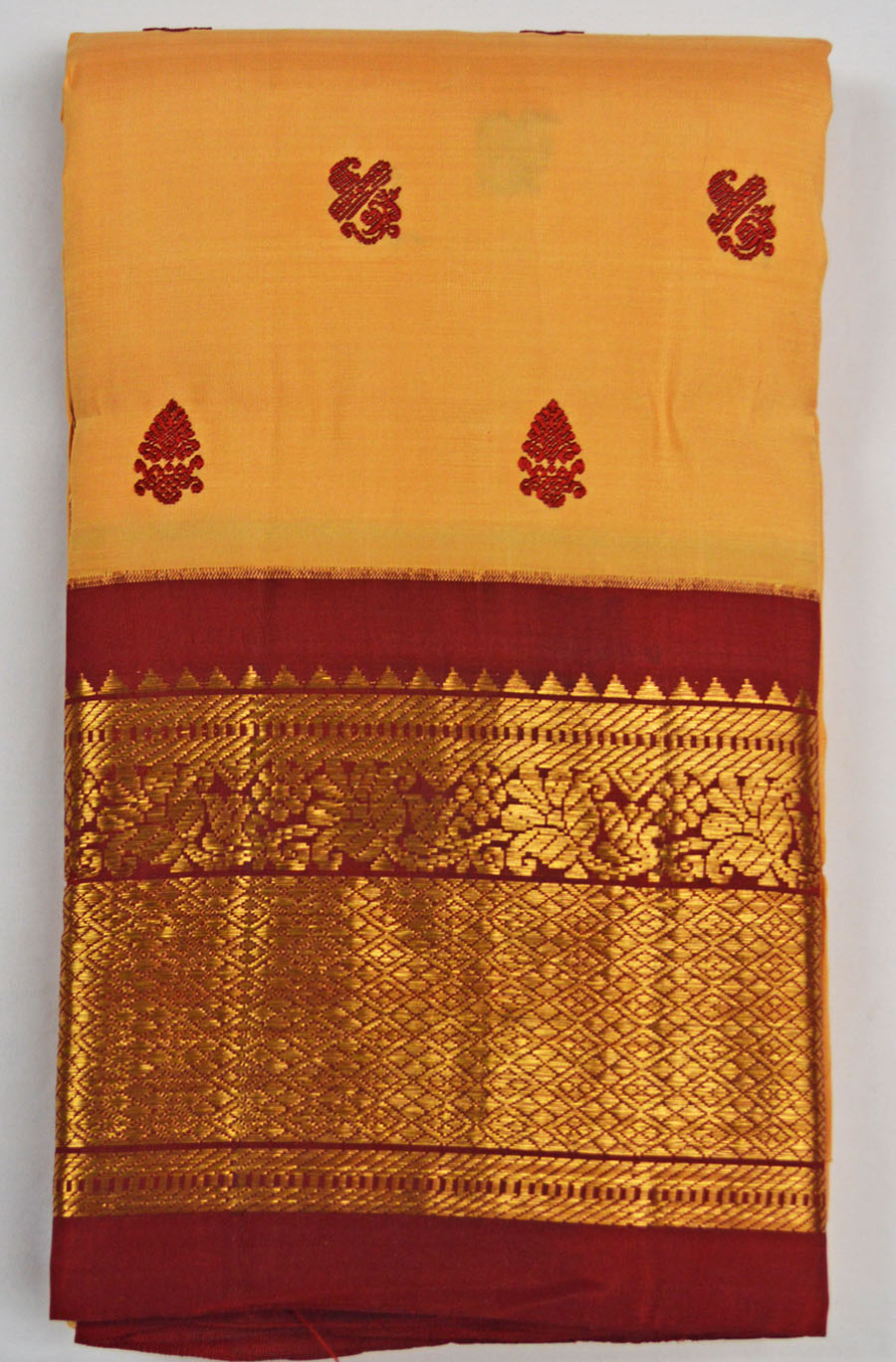 Temple Saree 4594