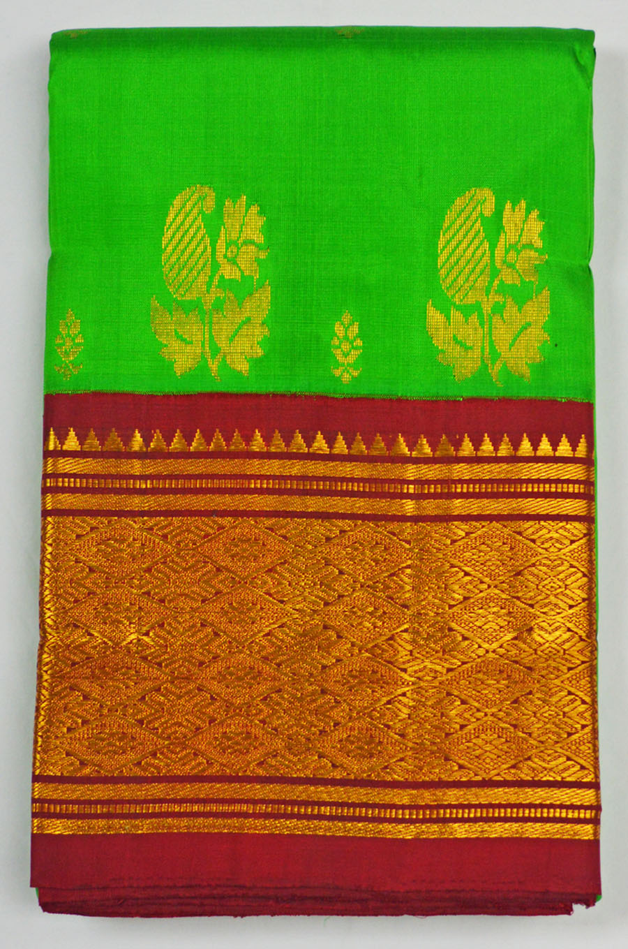 Temple Saree 4606