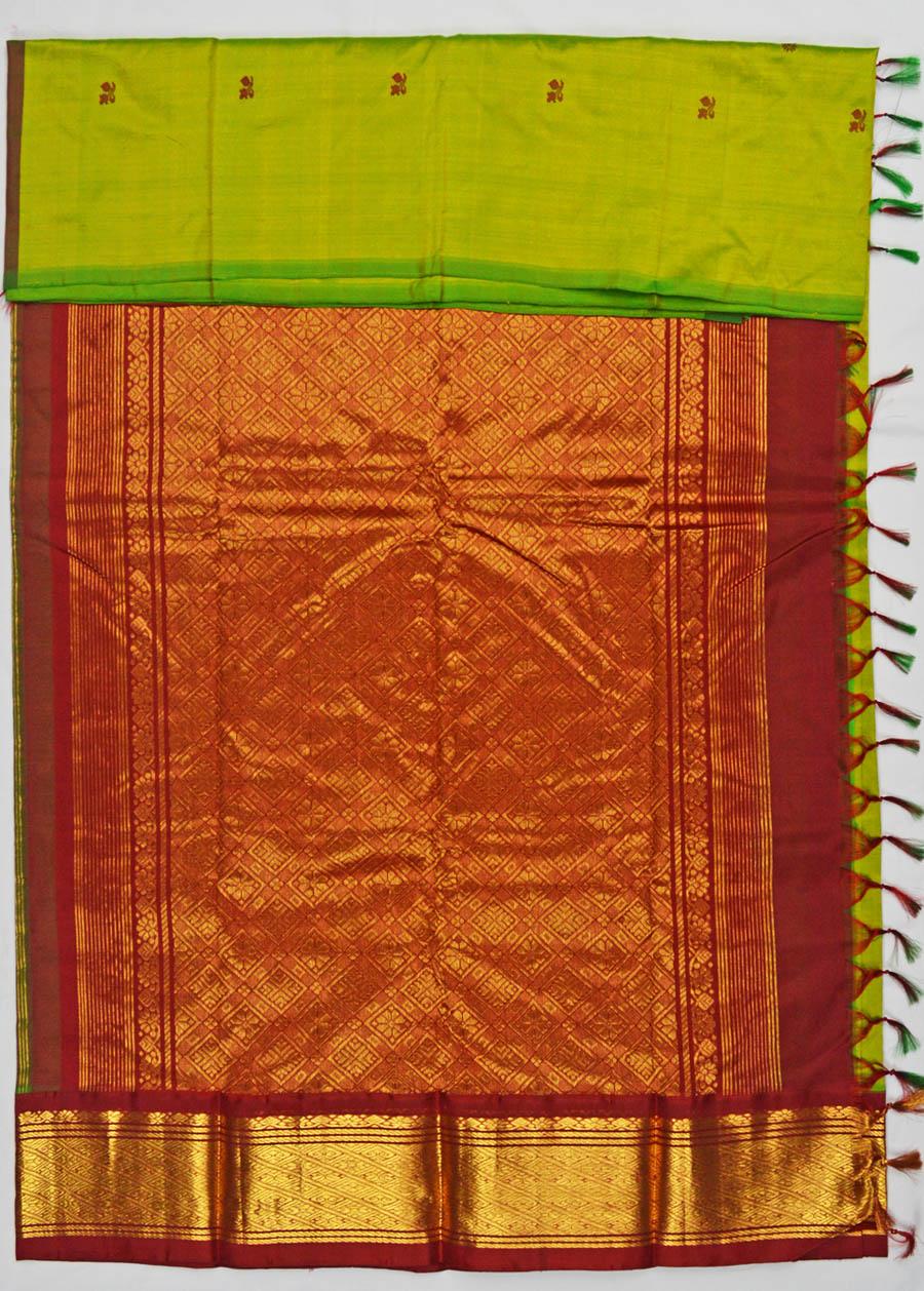 Temple Saree 4701