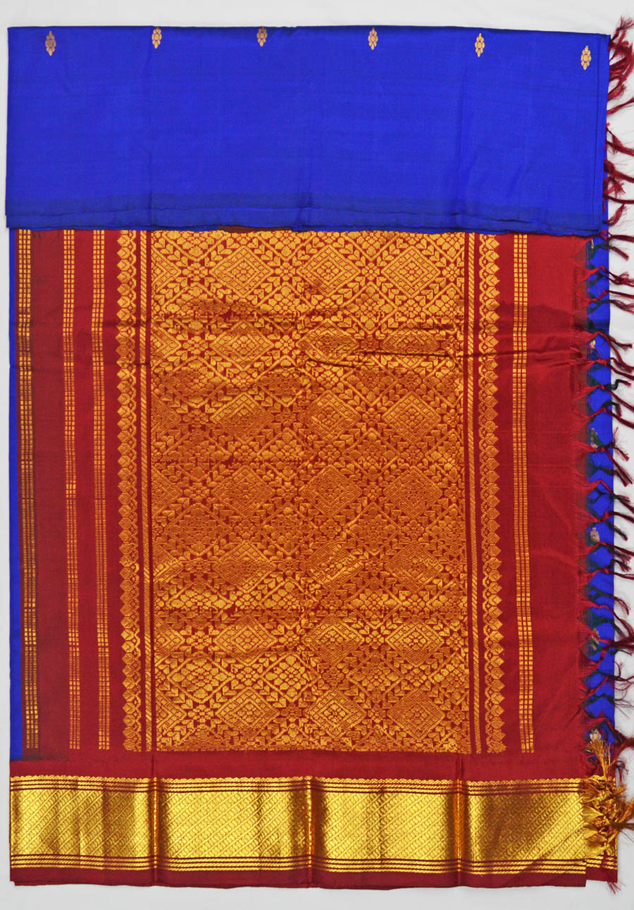 Temple Saree 4704