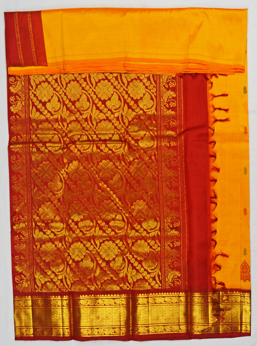 Temple Saree 4708