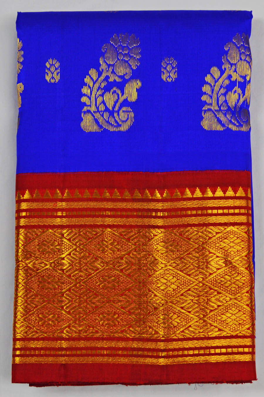 Temple Saree 4774
