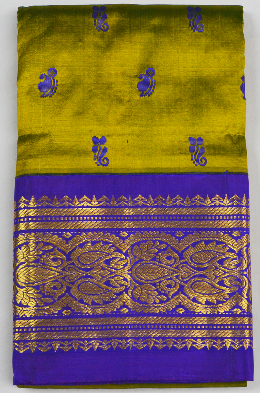Temple Saree 4973