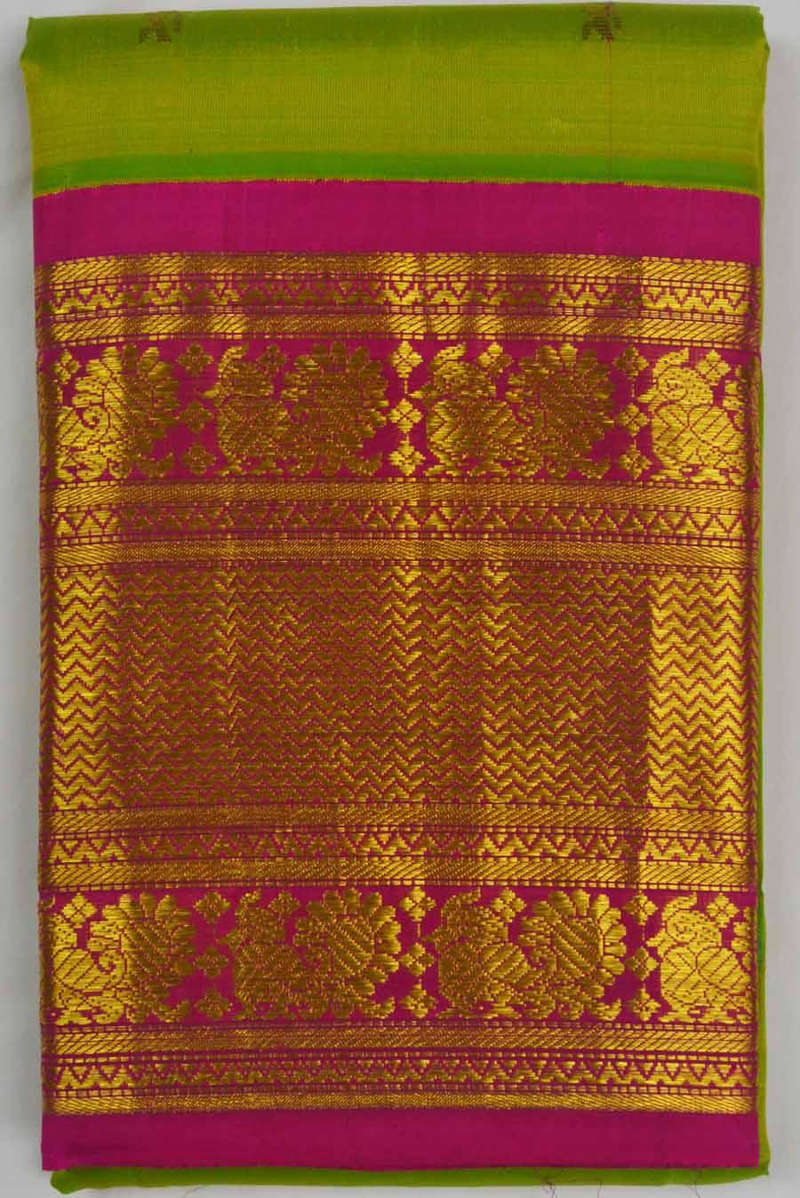 Temple Saree 6717