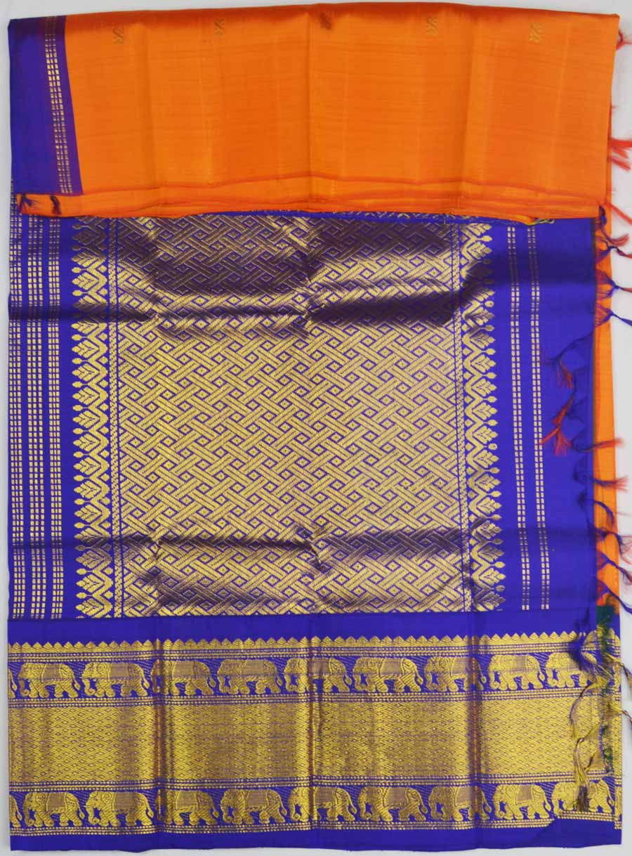 Temple Saree 7008
