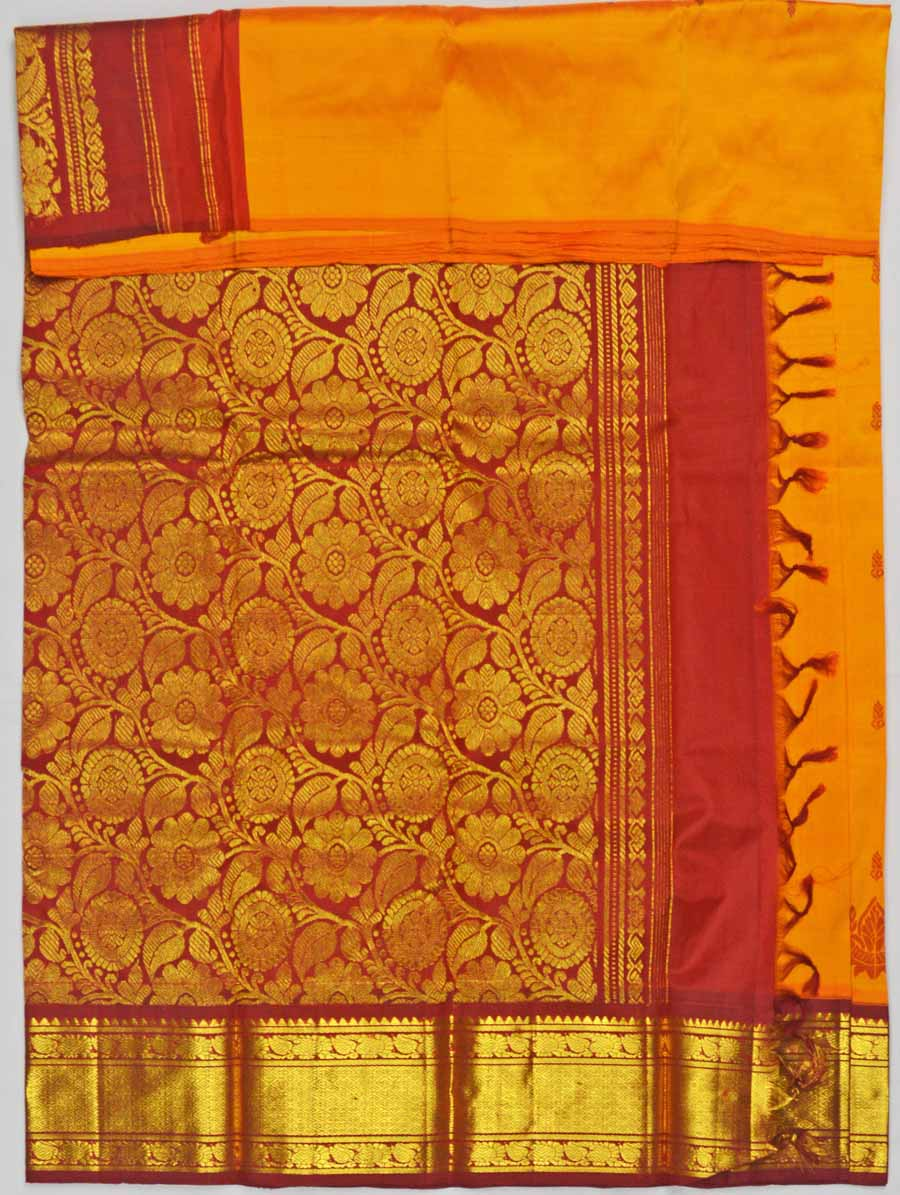 Temple Saree 6813