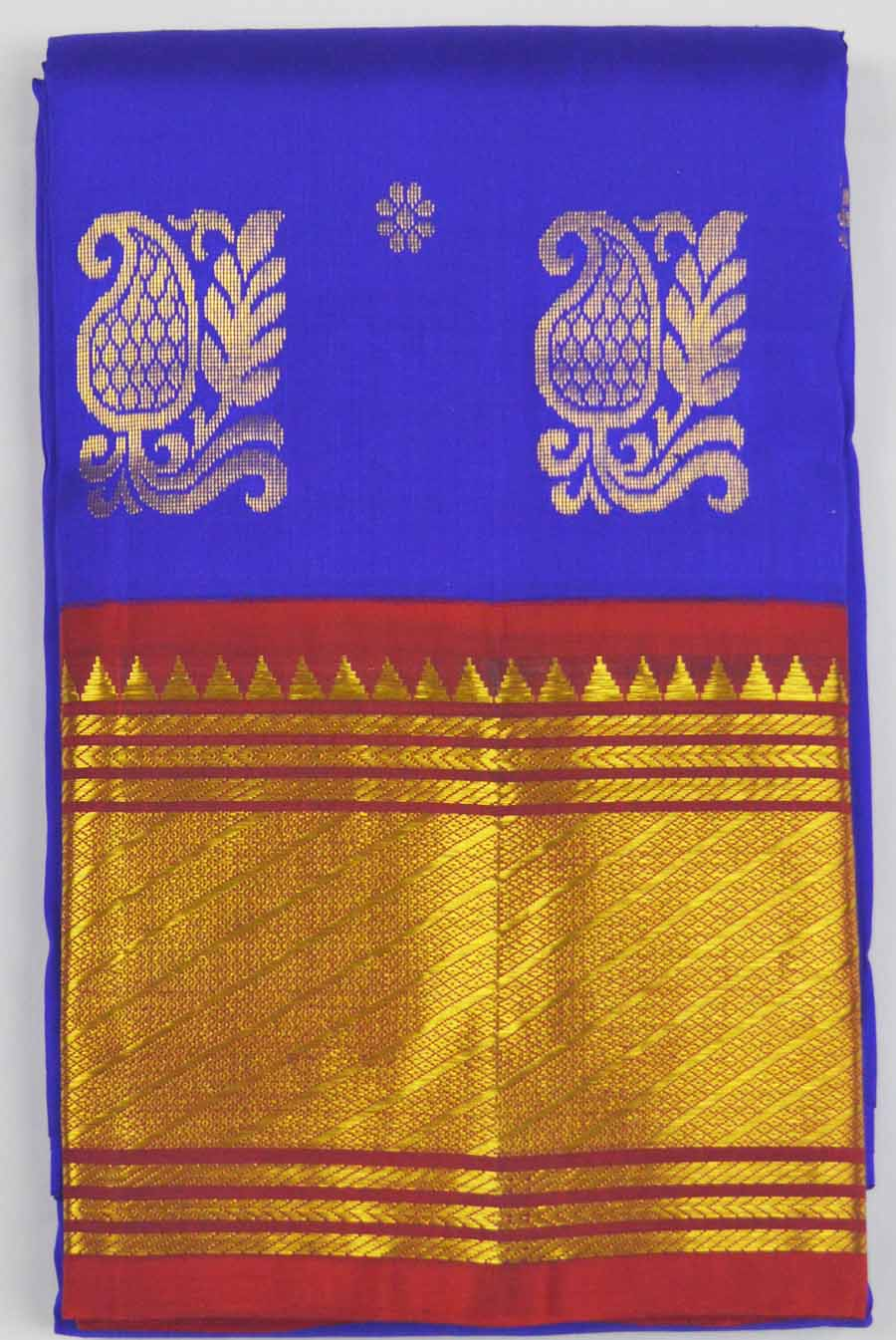 Temple Saree 8121