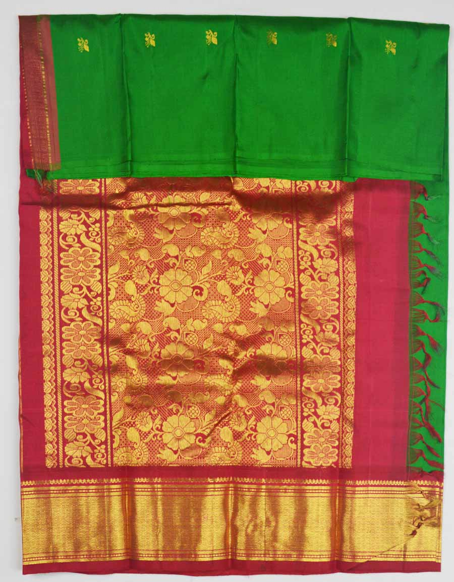 Temple Saree 8122