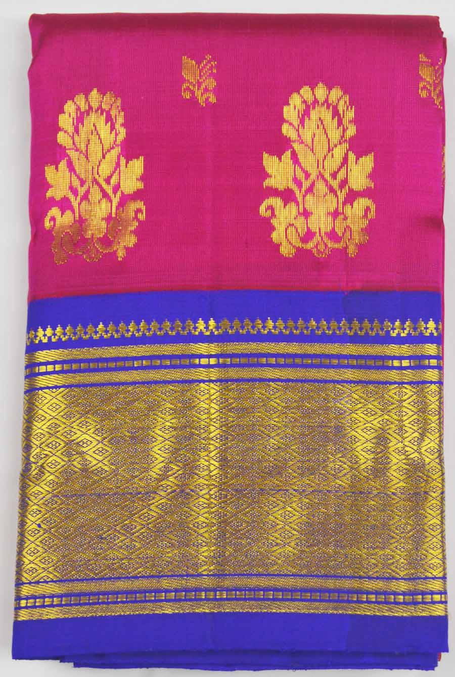 Temple Saree 8118