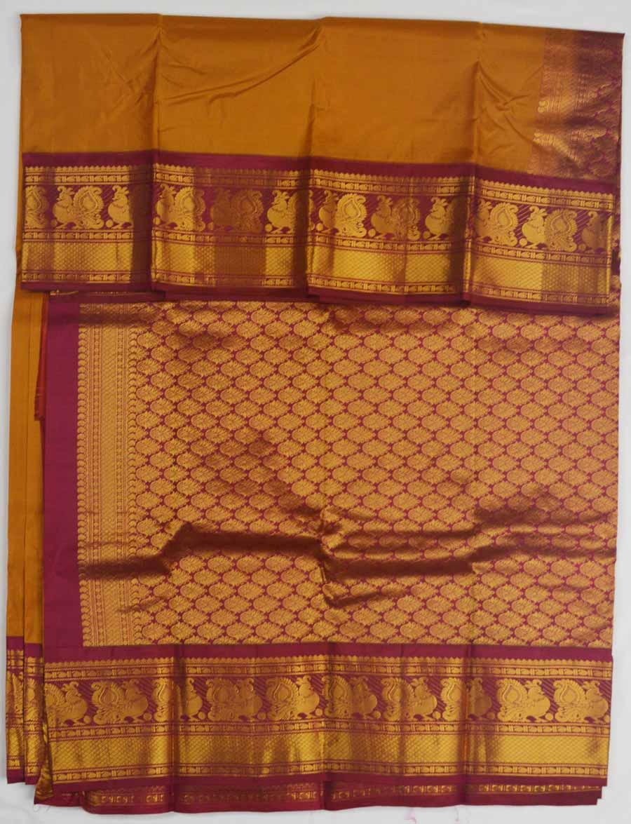 Temple Saree 8190