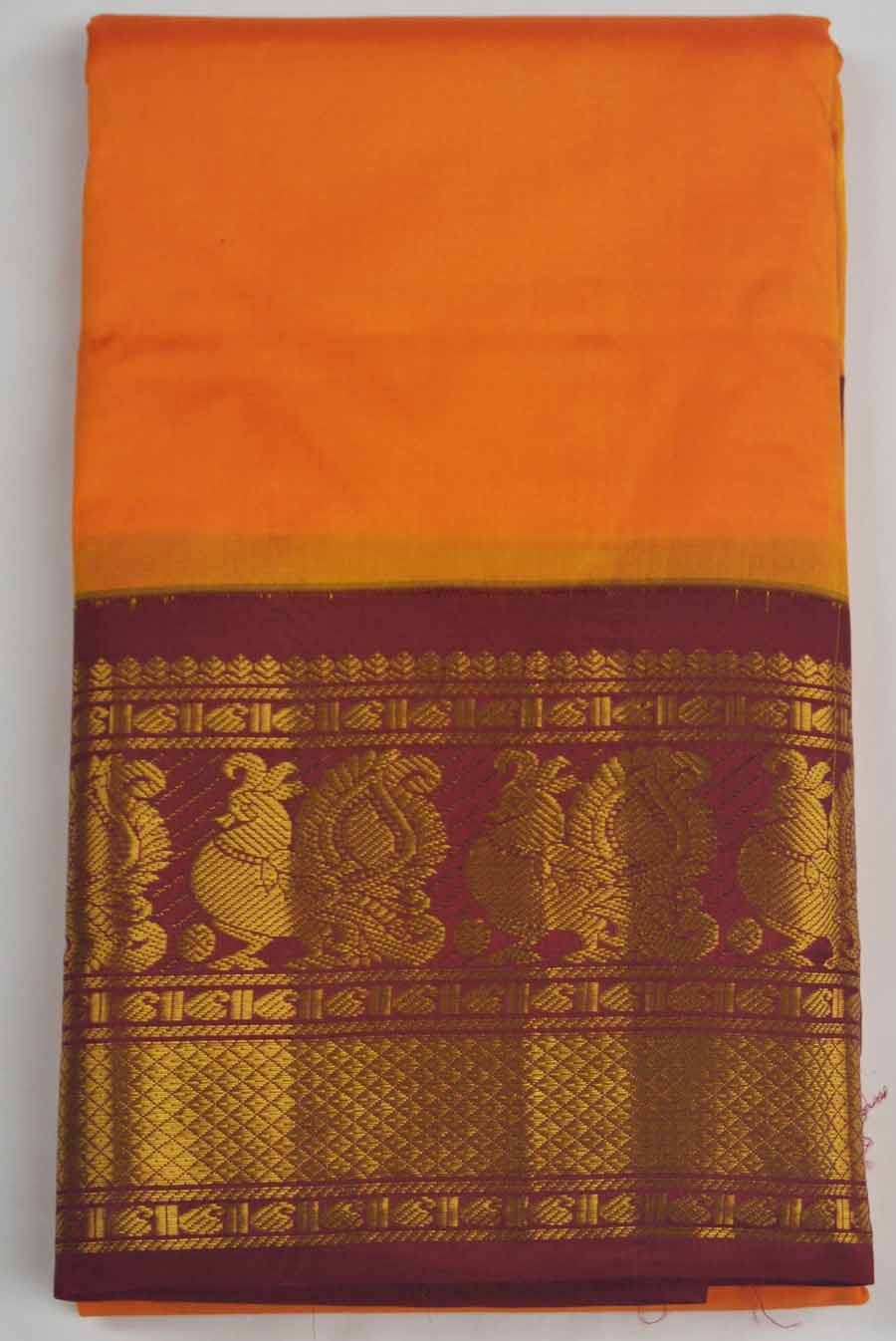 Temple Saree 8189