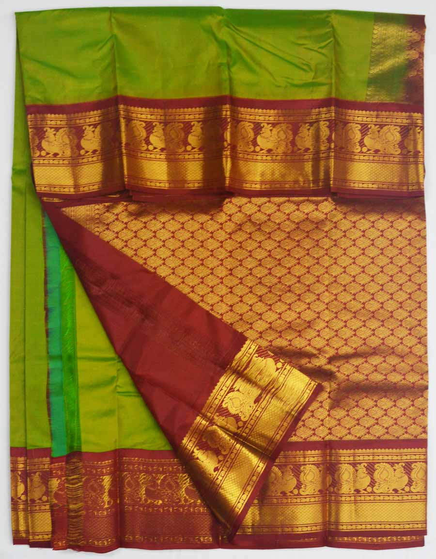 Temple Saree 8188