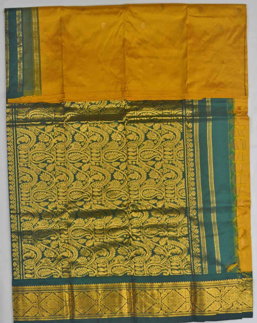 Temple Saree 8309