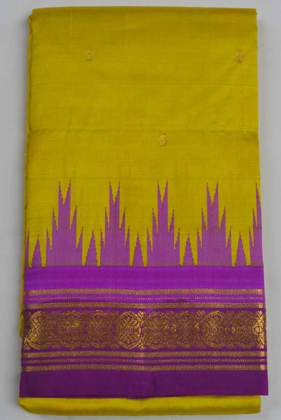 Temple Saree 8226