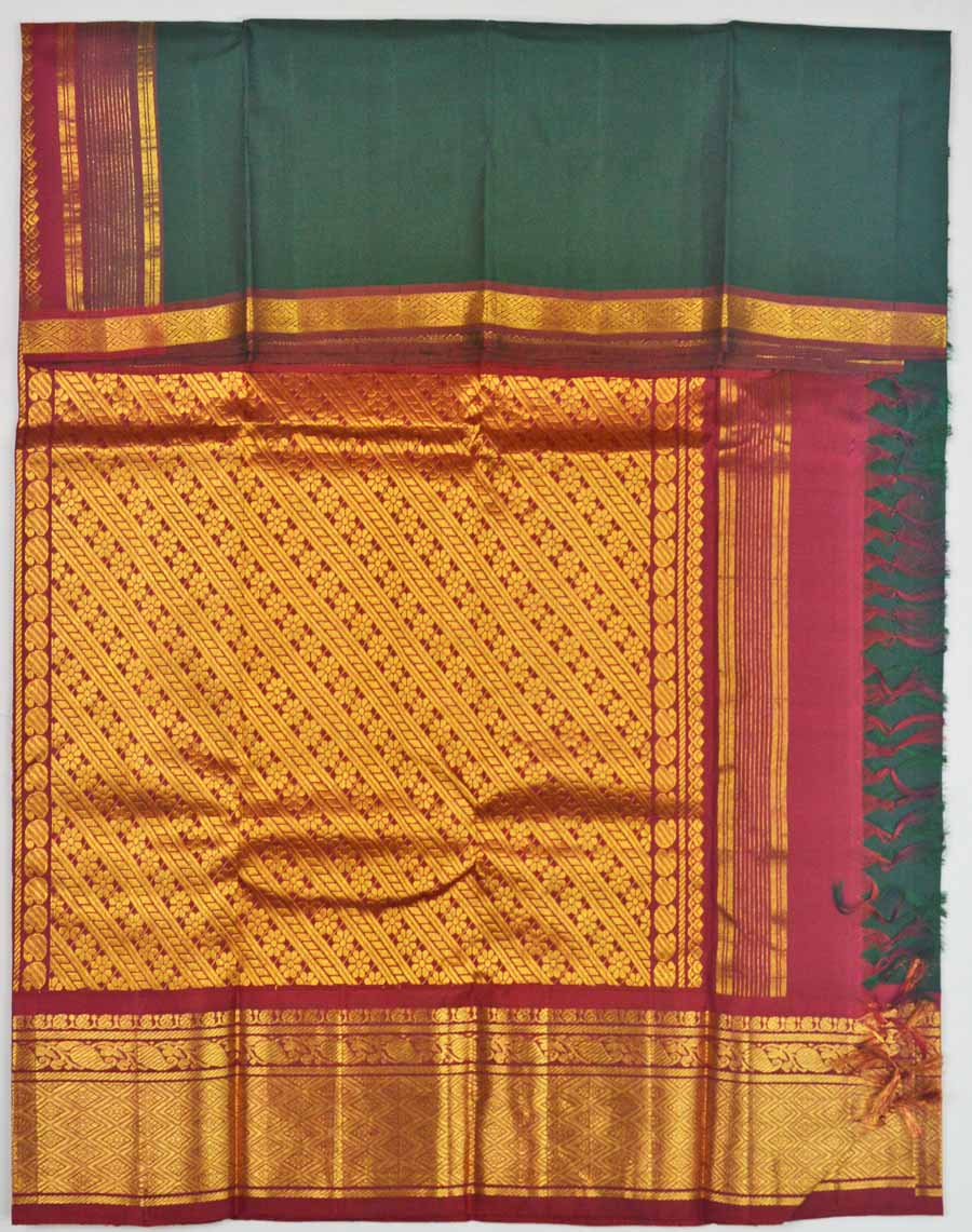 Temple Saree 8349
