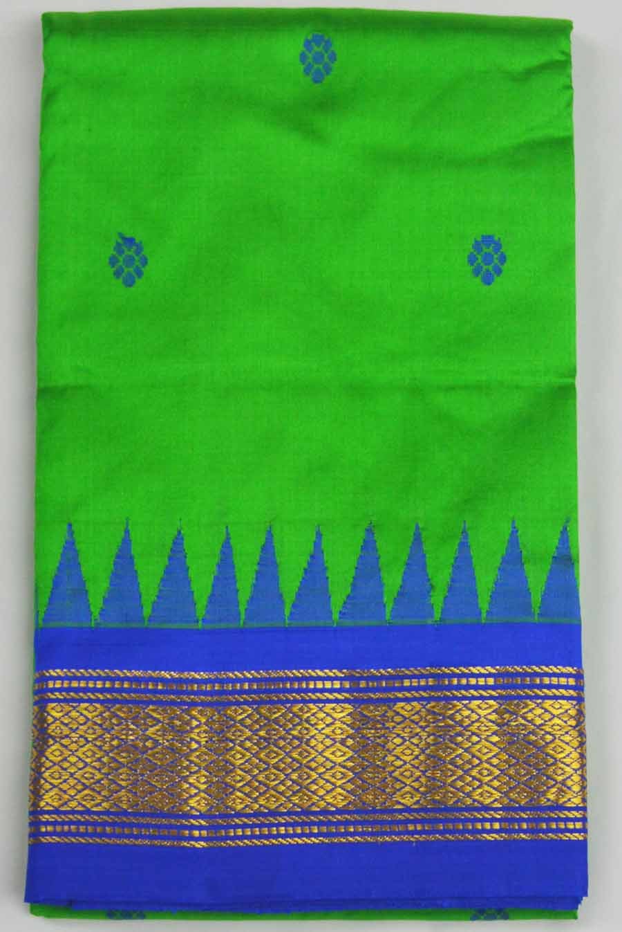 Temple Saree 8316