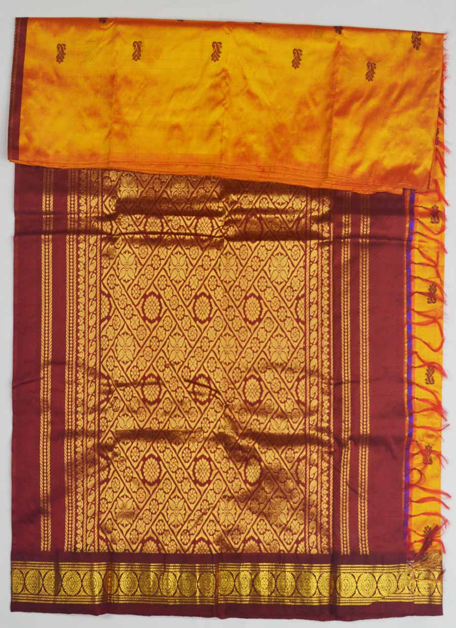 Temple Saree 8317