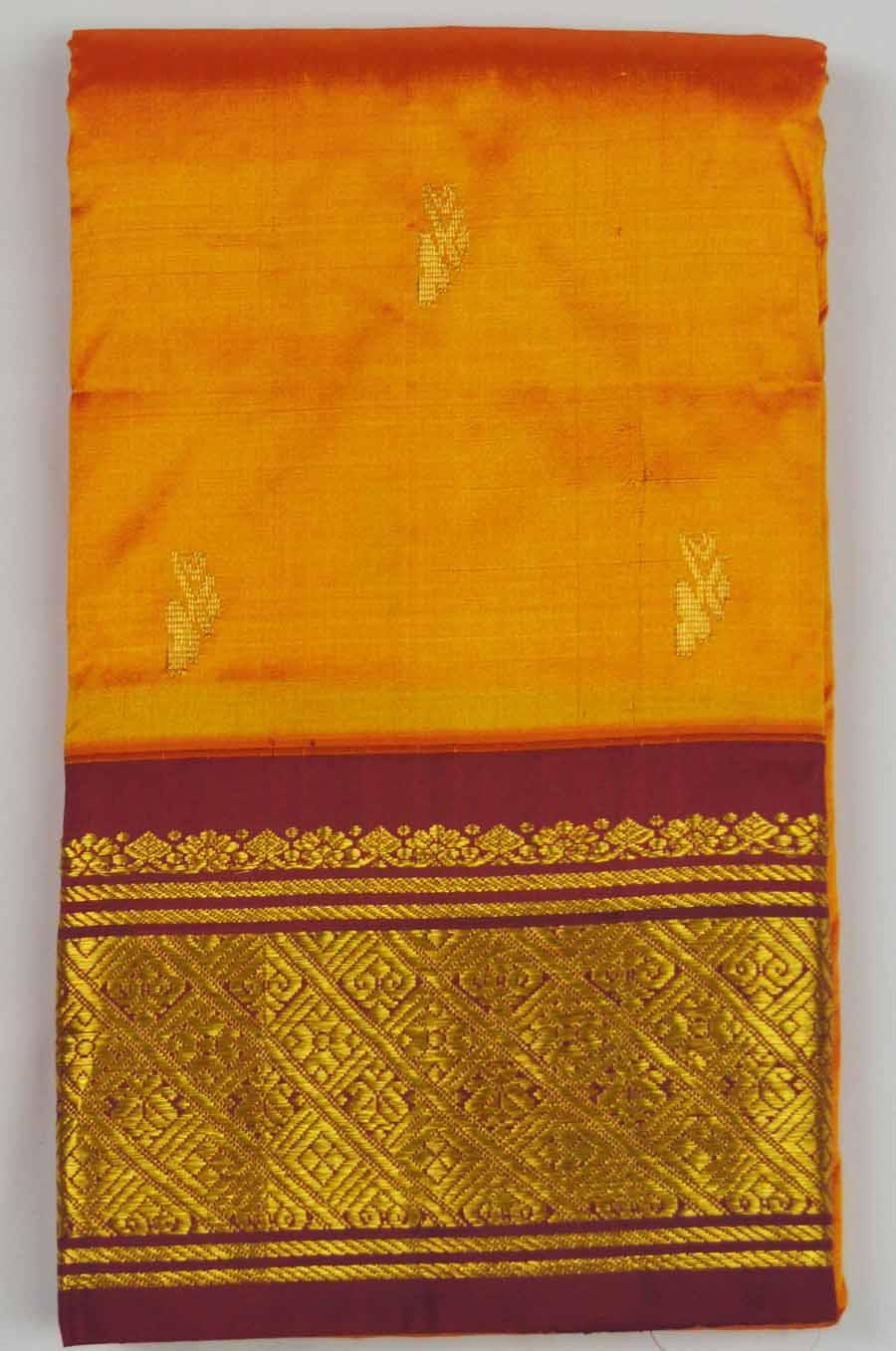 Temple Saree 8378