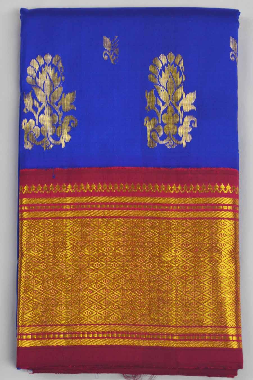 Temple Saree 8320