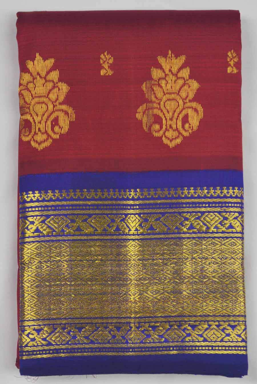 Temple Saree 8419