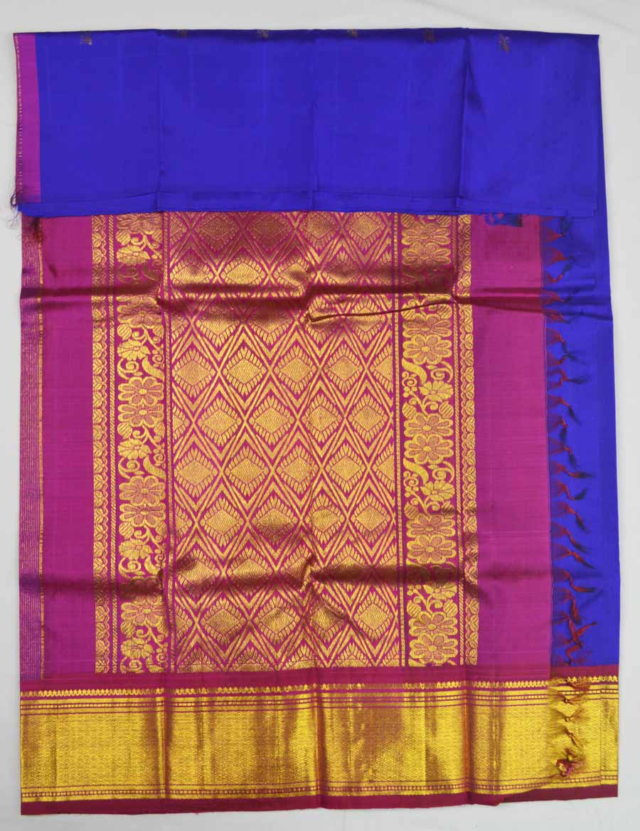 Temple Saree 8527