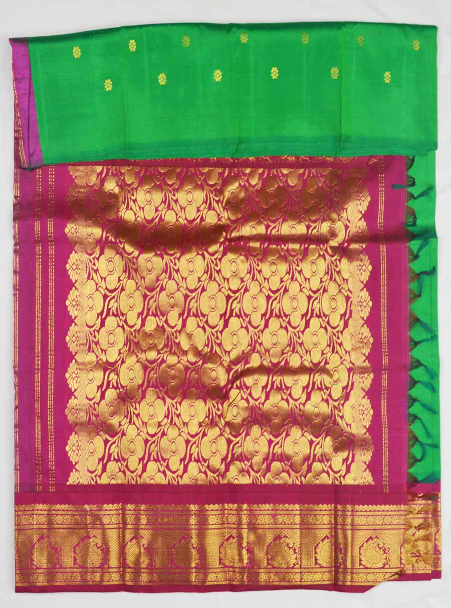 Temple Saree 8490