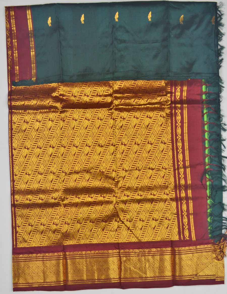 Temple Saree 8540