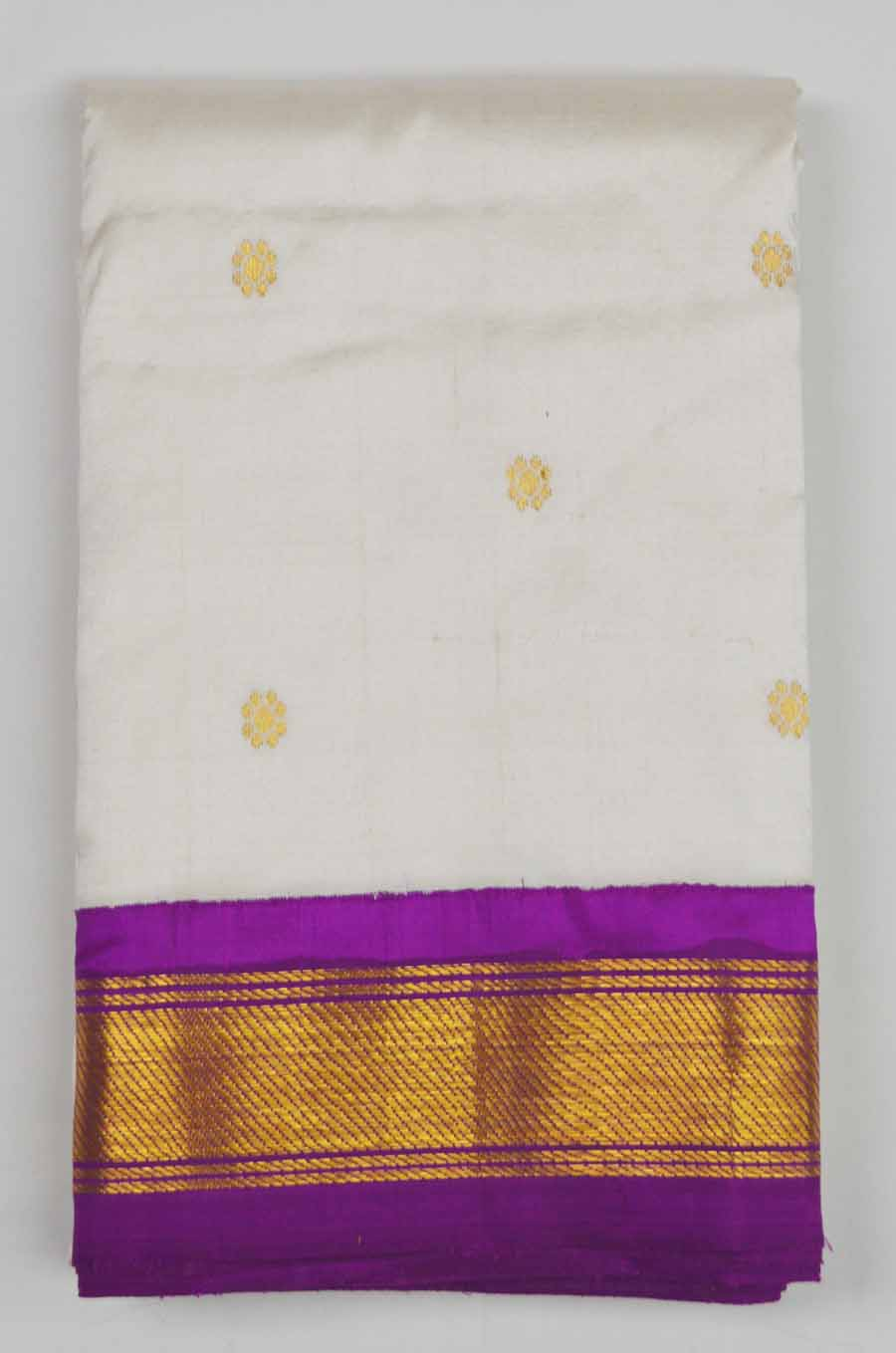 Temple Saree 8753
