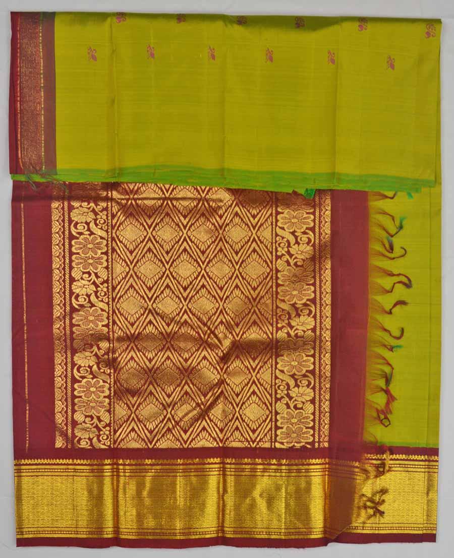 Temple Saree 8636