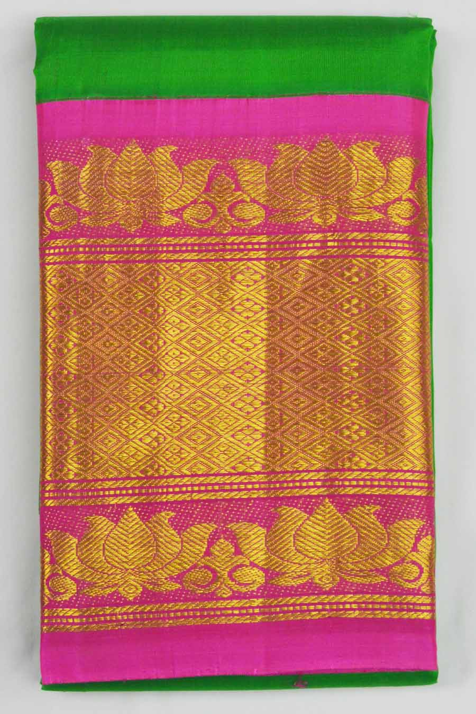 Temple Saree 8808