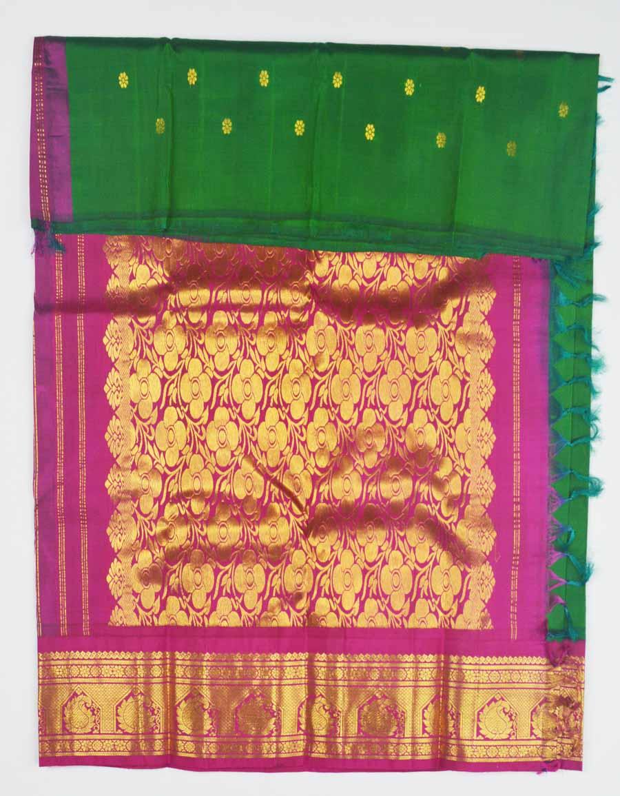 Temple Saree 8824