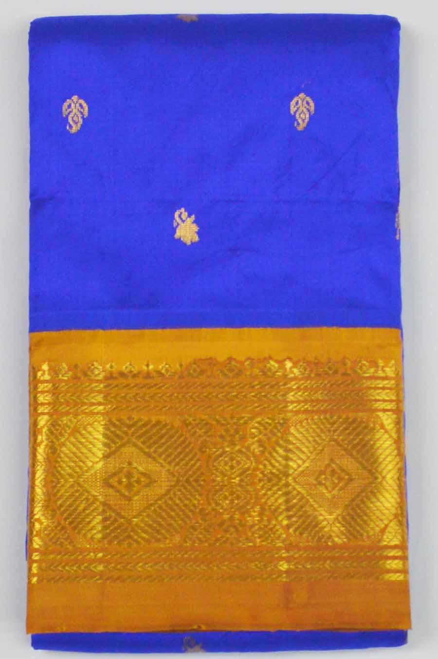 Temple Saree 8865