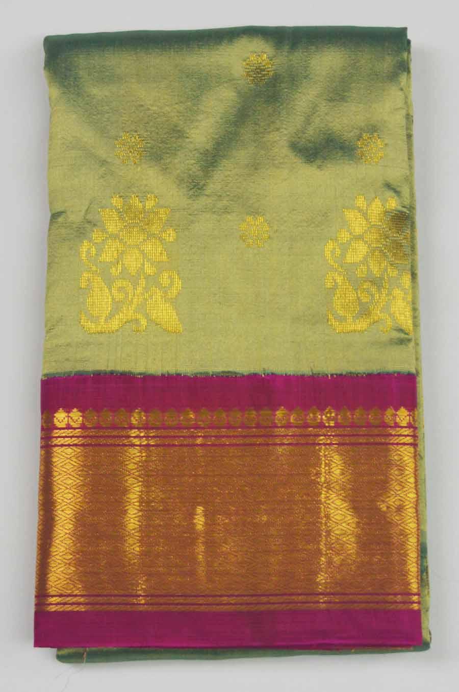Temple Saree 9590