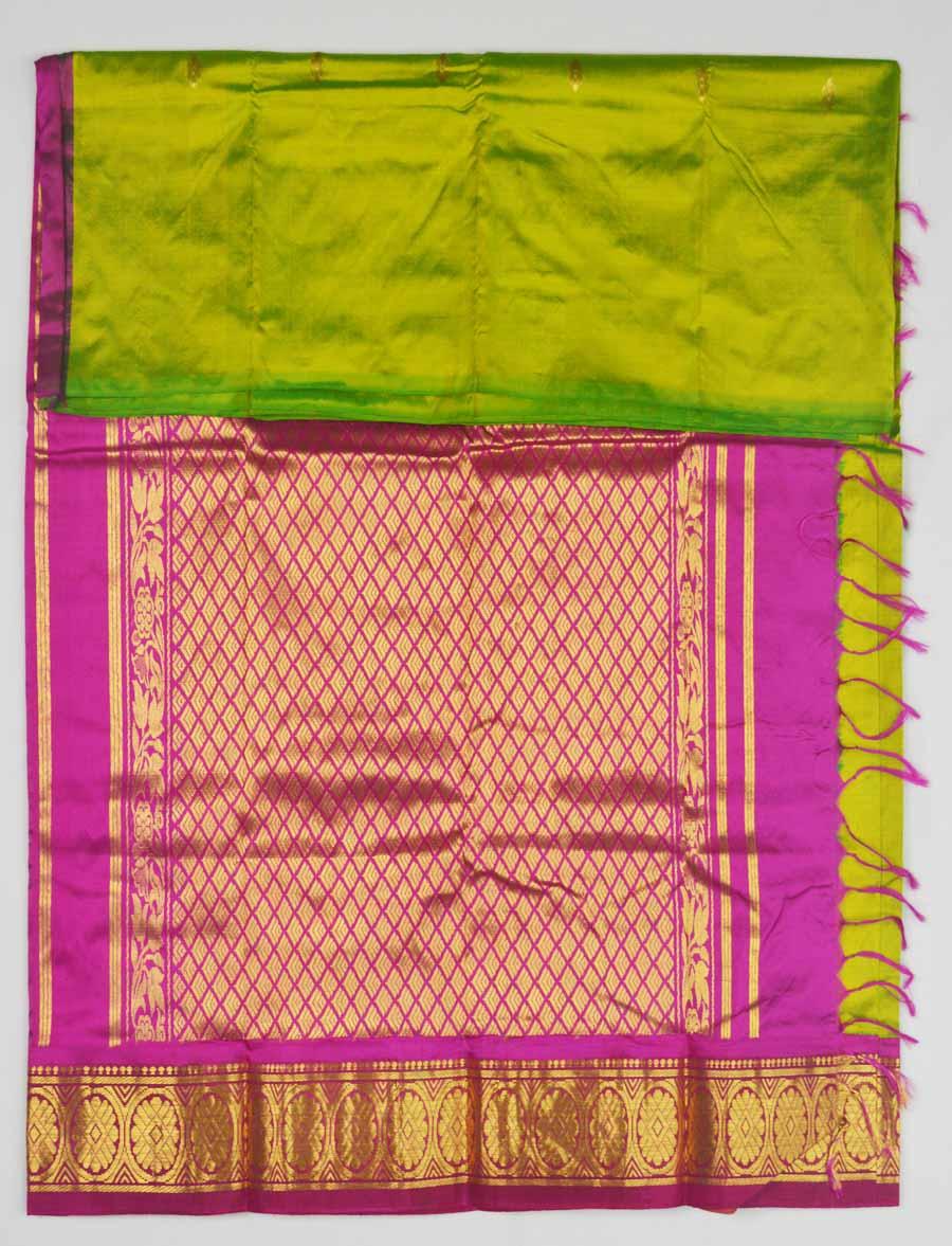 Temple Saree 9588
