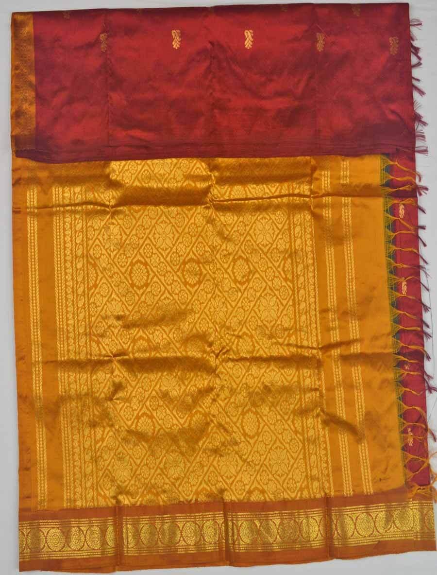 Temple Saree 9841