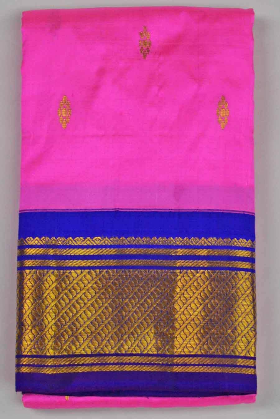 Temple Saree 9840