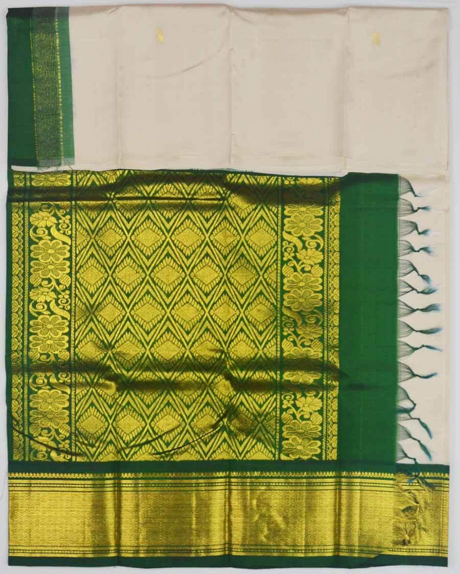 Temple Saree 9825