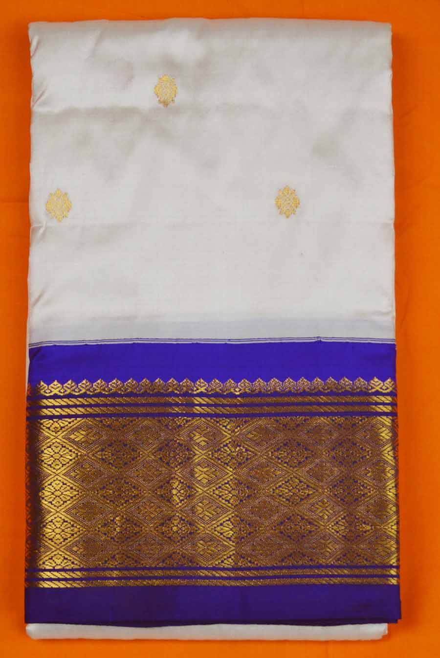 Temple Saree 9839